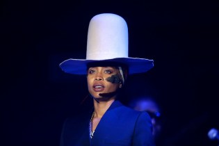 Stream Erykah Badu's New Mixtape 'You Caint Use My Phone'