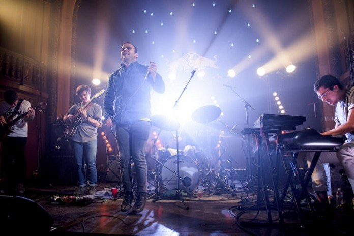 Time Moves Slow Future Islands