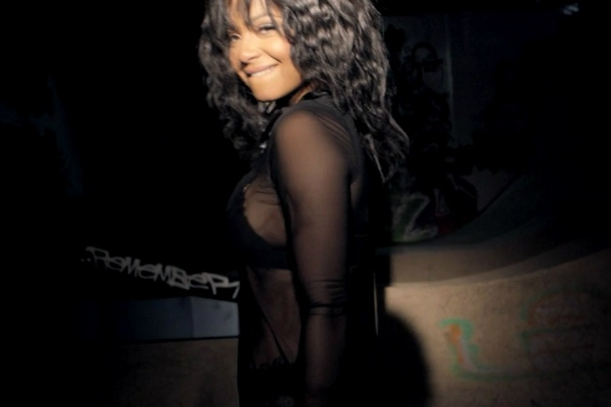 "Christina Milian Flexes Her Sex Appeal for Lil Wayne Collaboration ""Do It"""