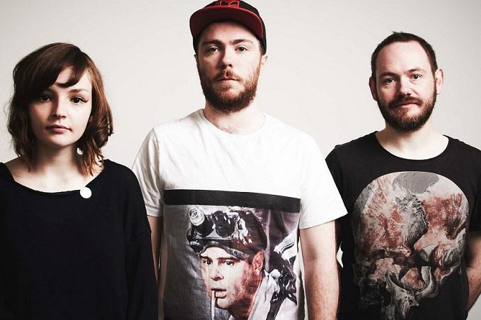 CHVRCHES Include Aphex Twin, Jon Hopkins, Brian Eno & More in Mix for BBC Radio 1