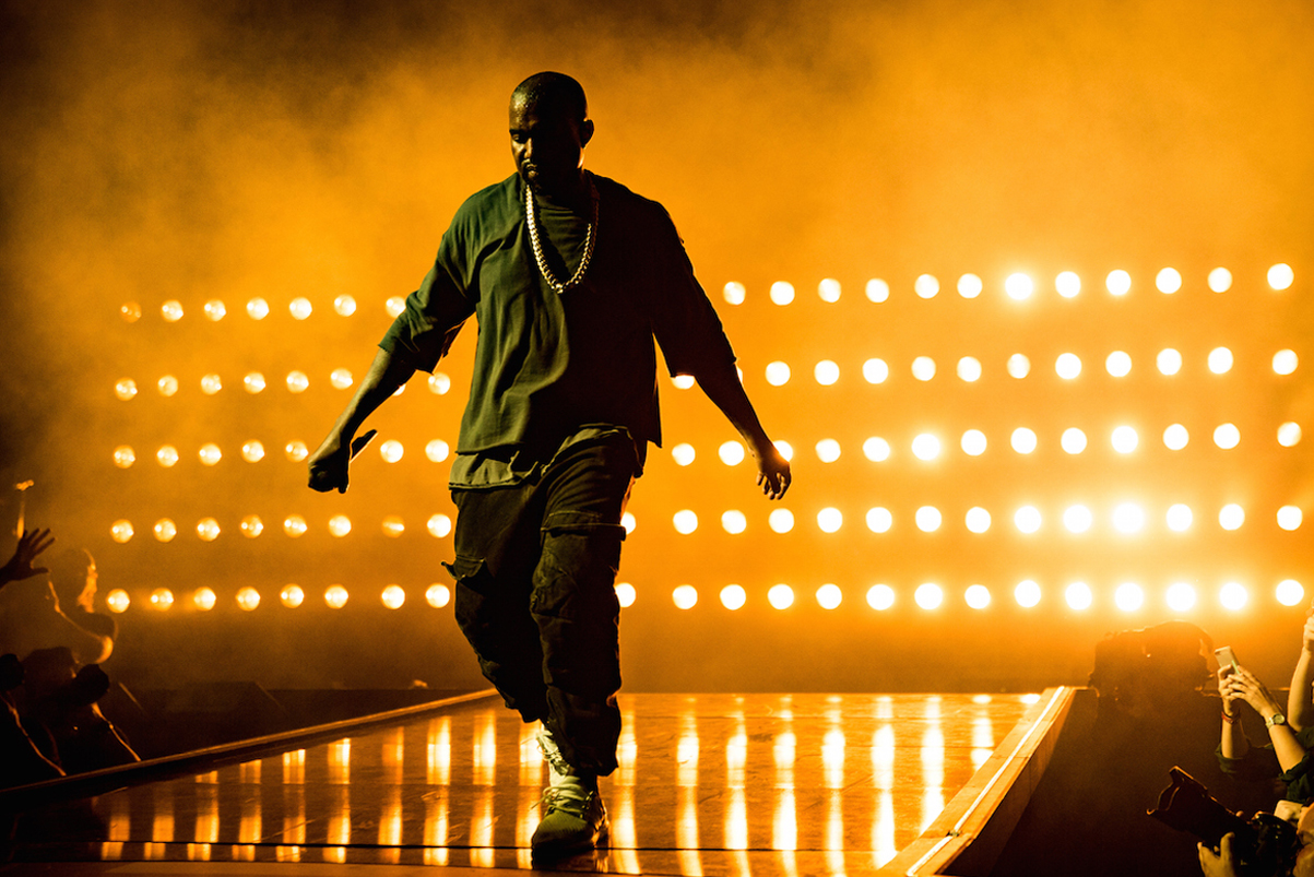 """'Enter the Void' Director Claims Kanye West Stole His Ideas for """"All Of The Lights"""" Video"""
