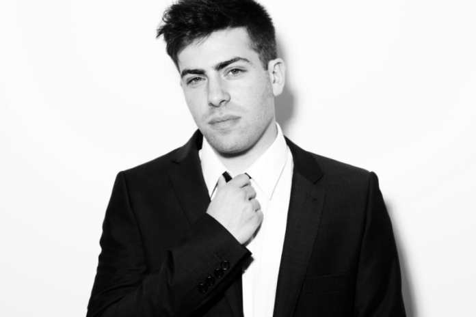 Hoodie Allen featuring Blackbear & KYLE - Champagne And Pools