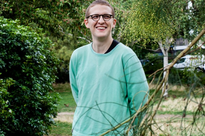"Listen to Floating Points' Live Performance of ""Nespole"" and ""Argent"""