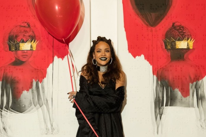 Yahoo Accidentally Published a Premature Review of Rihanna's New Album 'Anti'