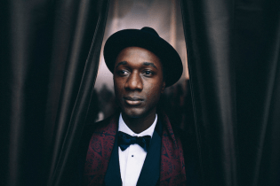 "Aloe Blacc Shares ""Merry Christmas Mr. Brown"""