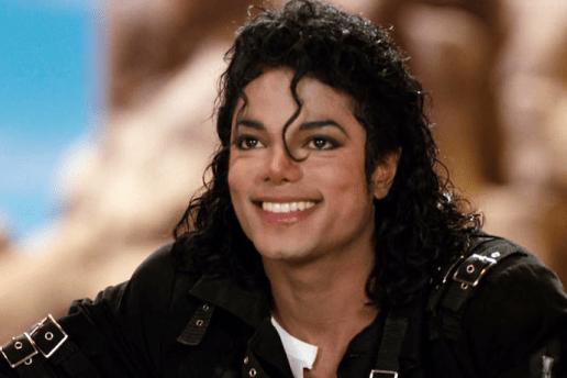 Michael Jackson's 'Thriller' Sets New Record, Reaches 30-Time Multi-Platinum Status
