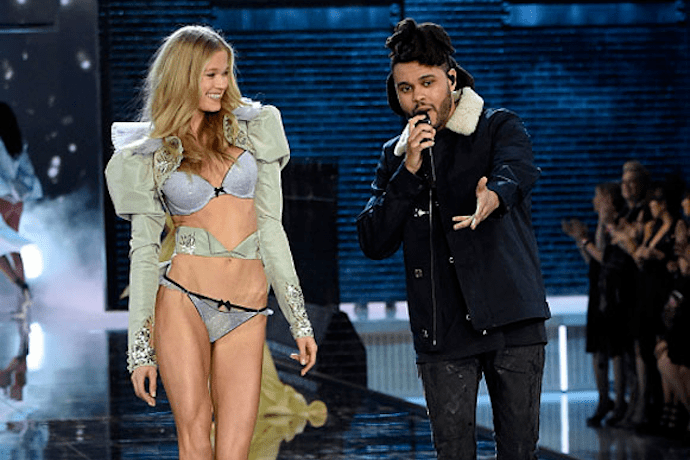 watch the weeknds performance at the victorias secret fashion show