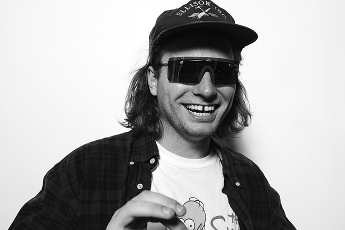 Mac DeMarco Has A New Tour and Fanclub