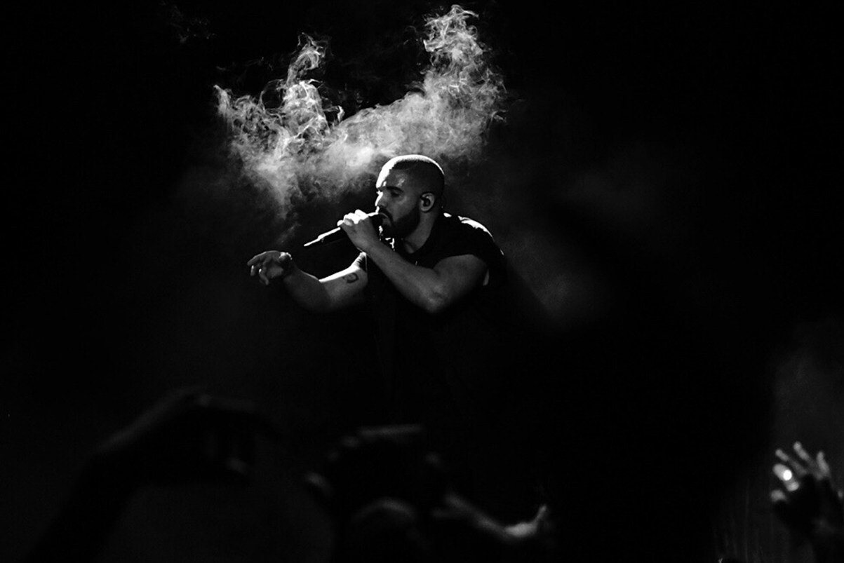 spotifys most streamed artist of 2015 drake
