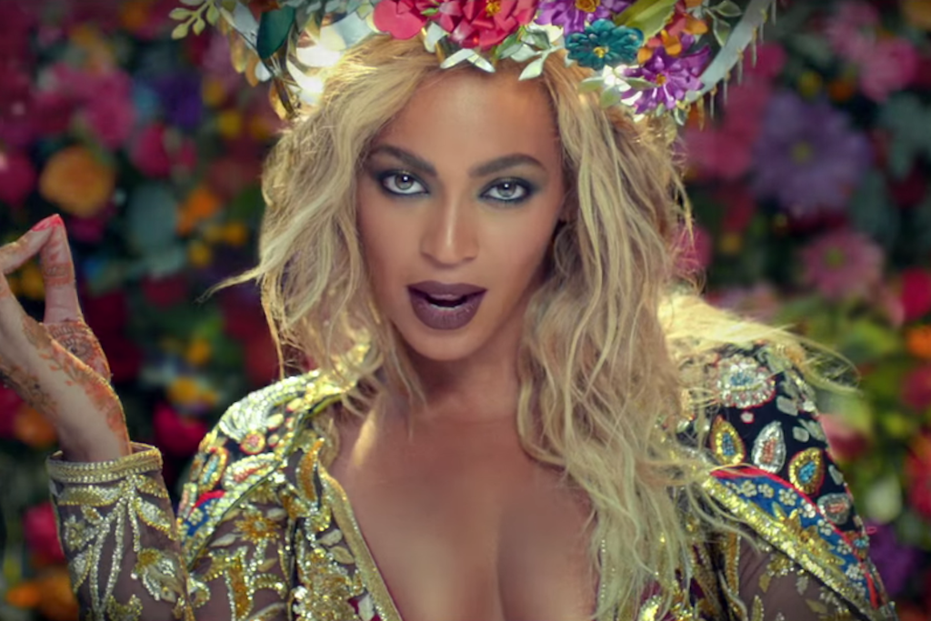"""Watch Beyoncé's New Music Video With Coldplay, """"Hymn For The Weekend"""""""