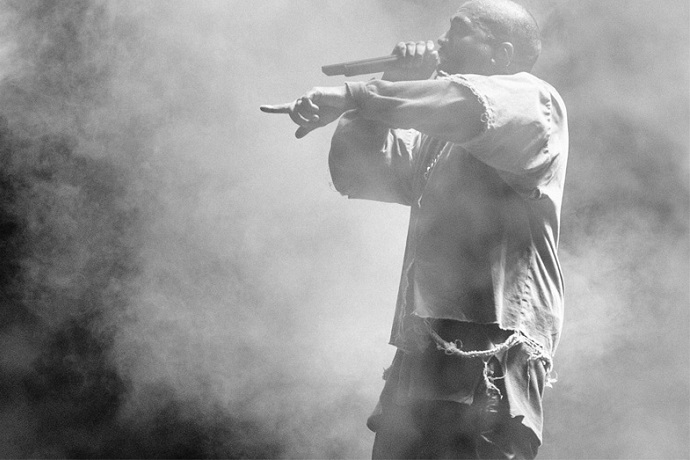 """Kanye West Just Wrote """"90 Bars"""" for Next Release"""