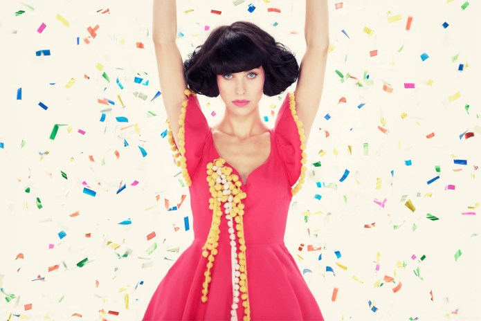 "Kimbra Remixes Mew's ""Making Friends"""