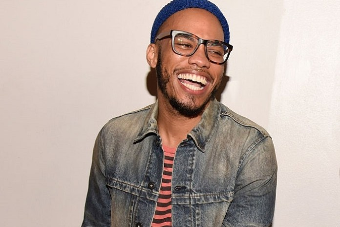 """Watch Anderson .Paak Perform """"Am I Wrong"""" & Pay Tribute to David Bowie"""