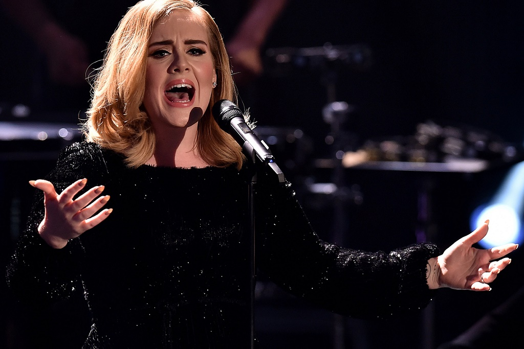 """Watch Adele Perform """"I Miss You"""" for The First Time"""
