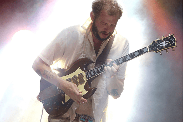Watch Bon Iver Perform Their First Show This Year