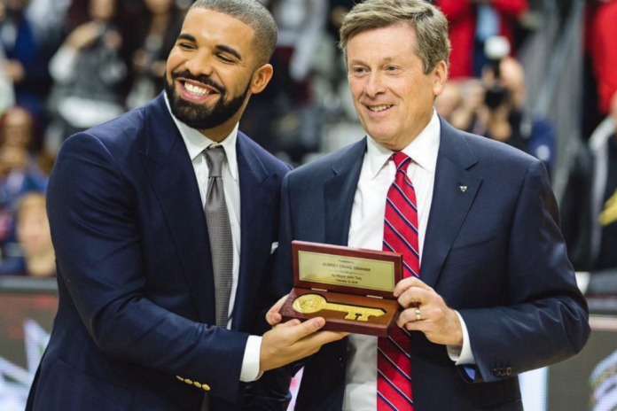 Watch Drake Receive The Key To Toronto