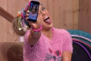 "Jennifer Lopez Twerks to Rihanna & Drake's ""Work"""