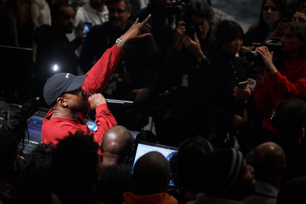 Kanye West Breaks up a Fight