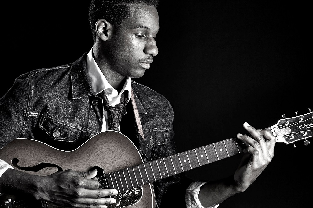 "Leon Bridges Debuts New Song ""This Love"""