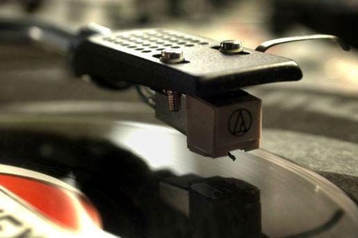 New Pressing Plant To Speeden Up Vinyl Process Drastically