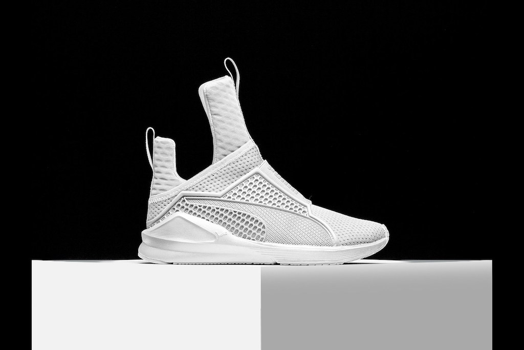check out rihannas new signature shoe with puma