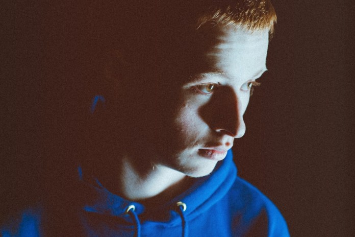 "Sam Gellaitry Remixes Lapsley's ""Love Is Blind"""