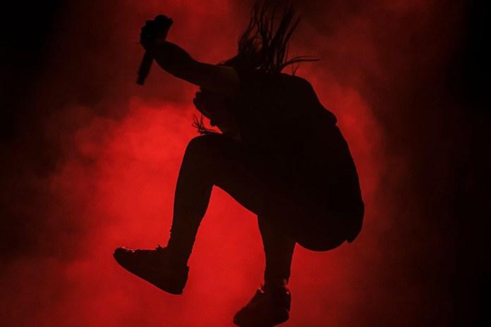 "Skrillex, Wiwek & Elliphant Share New Song, ""Killa"""