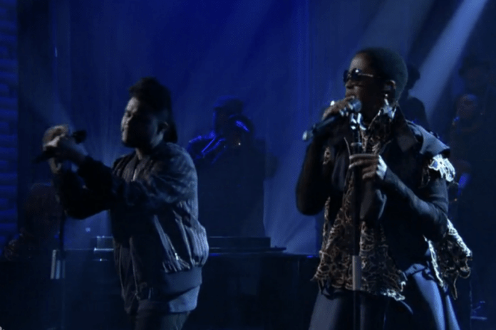 "The Weeknd & Lauryn Hill Perform ""In The Night"" on 'Fallon'"