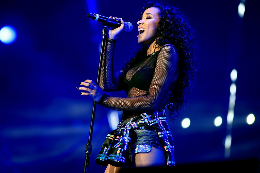 "Tinashe & Metro Boomin Unite for New 'JOYRIDE' Single ""Ride Of Your Life"""