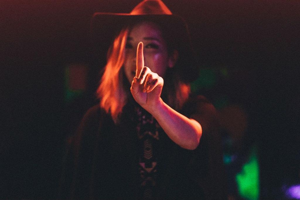 "TOKiMONSTA Shares New 'Fovere' Song ""Giving Up"""