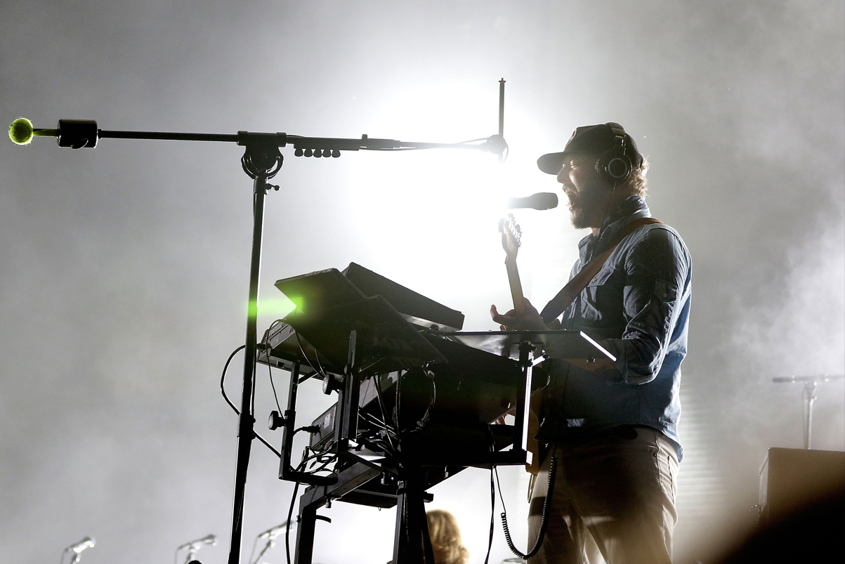 "Bon Iver Announce ""Cercle"" Live Shows"