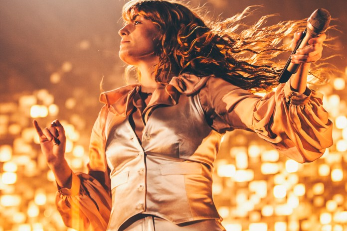 "Florence + The Machine Cover Ben E. King's ""Stand By Me"""