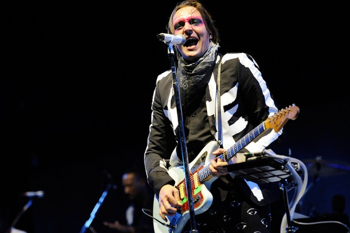"Miguel, Arcade Fire's Win Butler & Kamasi Washington Covered Drake's ""Hotline Bling"" Together"