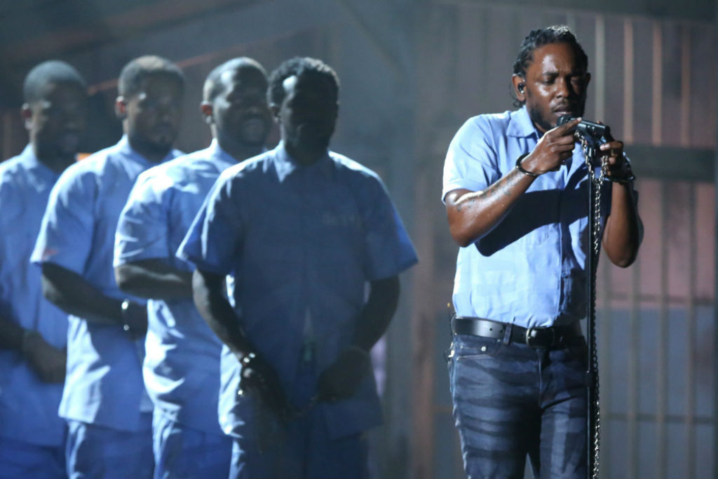 protesters chant kendrick lamar alright donald trump cancel chicago rally