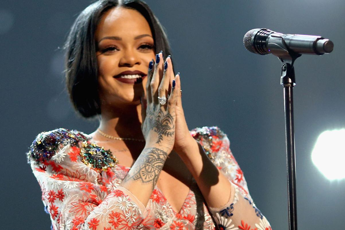 Rihanna's Shares 'ANTI' World Tour Rehearsal Clip