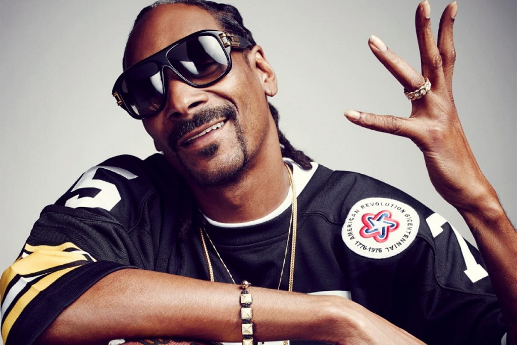 snoop dogg inducted wwe hall of fame