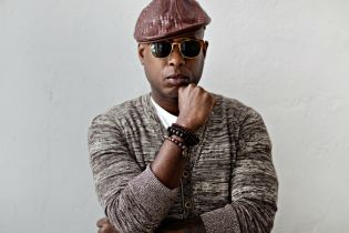 """Talib Kweli Responds to Gene Simmons About Hip-Hop's """"Life Expectancy"""""""