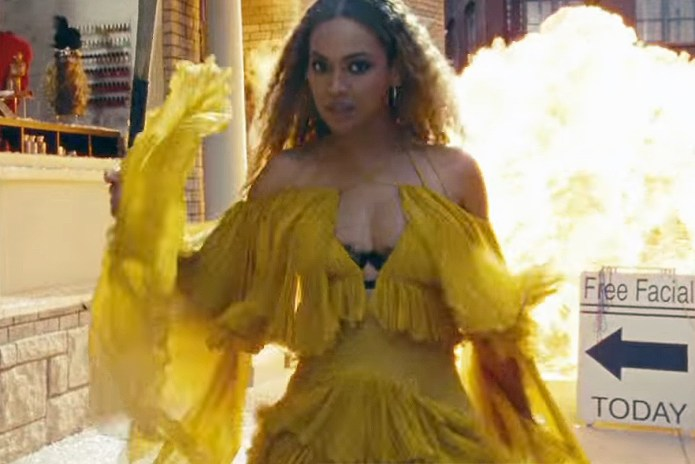 "Beyoncé Shares Extended Trailer of ""Lemonade"""
