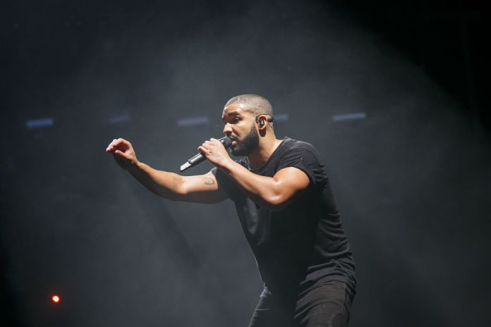 "Drake Releases New Verse for ""Pop Style"""