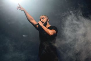 """Drake Unleashes New Single Featuring The Throne (Jay Z & Kanye West), """"Pop Style"""""""