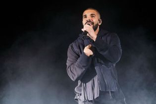 Drake's 'Views From the 6' To Arrive End of April