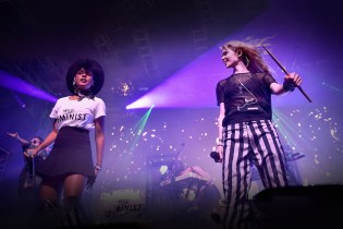 Grimes Brought Out Janelle Monae & Aristophanes During Her Set at Coachella