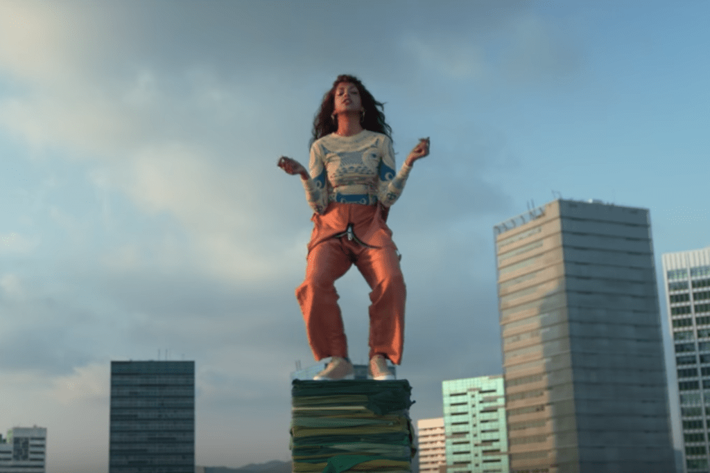 """M.I.A. Teams up With H&M for """"Rewear It"""" Video"""