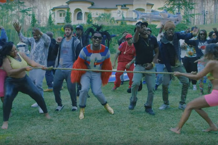 "Trinidad James, Mystikal & Lil Dicky Appreciate Thick Women in ""Just A Lil' Thick"""