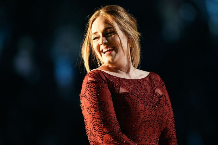 Adele to Sign the Biggest Record Deal in British History