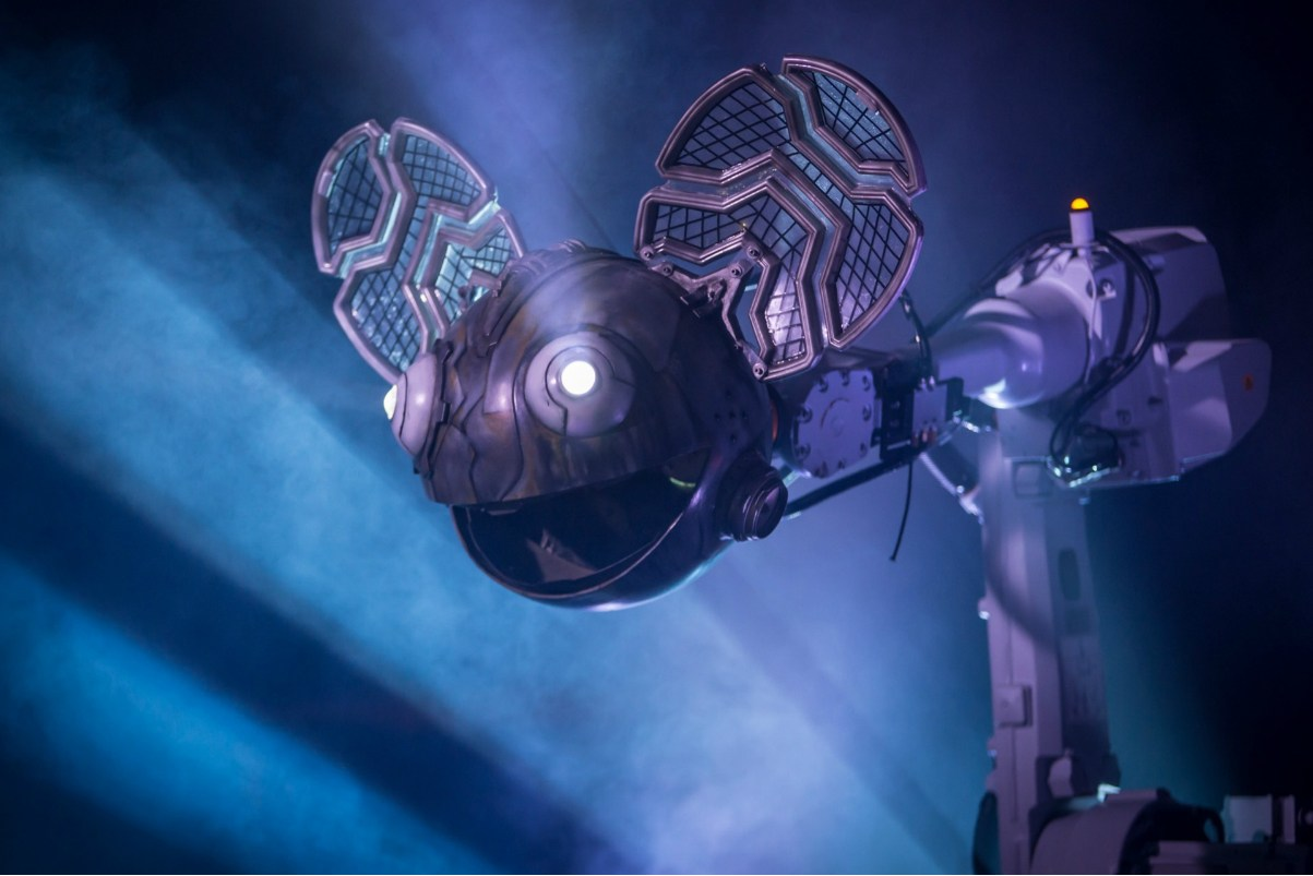 """Deadmau5 Feels the Need to """"Justify"""" His Incredible Wealth"""