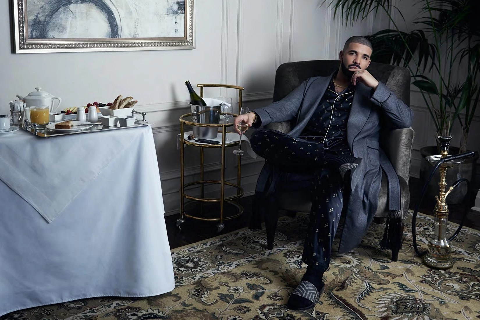 """Watch Drake Perform """"Hype"""" on 'Saturday Night Live' & All His 'SNL' Skits"""