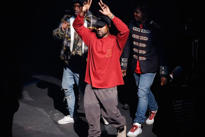 Kanye West Is Cleared of LAX Photographer Battery Charge