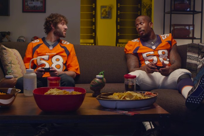 Lil Dicky Gossips About Gronk, Von Miller & Antonio Brown Behind Their Backs