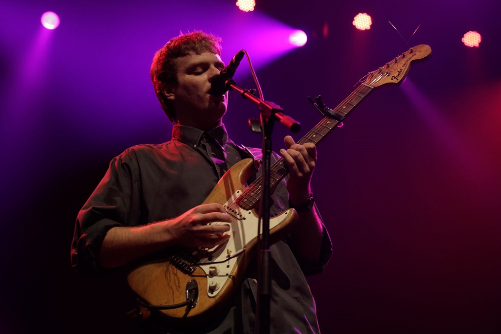 "Mac DeMarco Covers Prince's ""It's Gonna Be Lonely"""